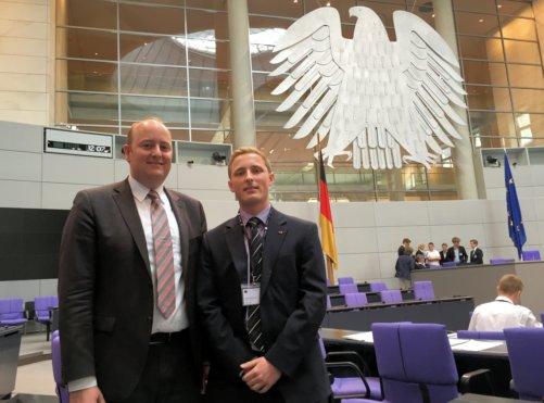 Matthias Hauer und Luca Ducree im Bundestag