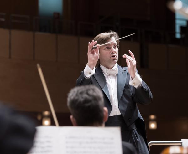 "Antonín Dvořáks ""Stabat Mater""  – 7. Sinfoniekonzert der Essener Philharmoniker"