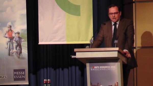 Radverkehrskongress in Messe Essen von OB Kufen eröffnet