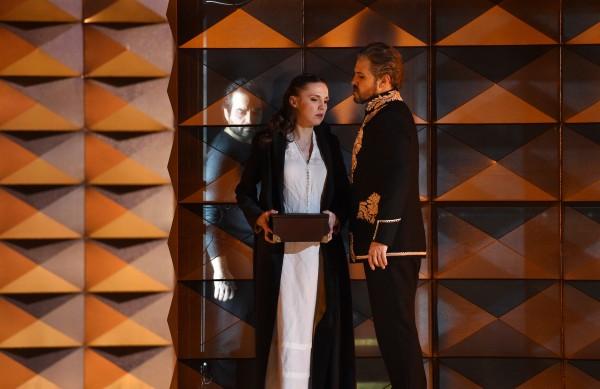 """""""Don Carlo"""" an der Deutschen Oper am Rhein"""