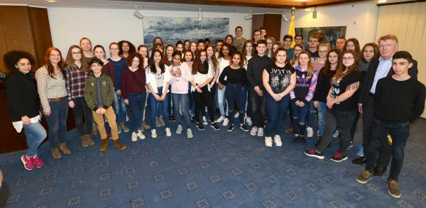 Französische Austauschschüler im Rathaus