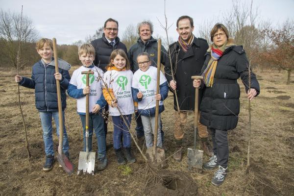 """""""One Tree Per Child"""" startet in der Grünen Hauptstadt Europas – Essen 2017"""