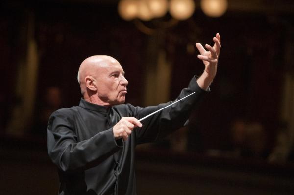 Christoph Eschenbach dirigiert Bruckner und Mozart