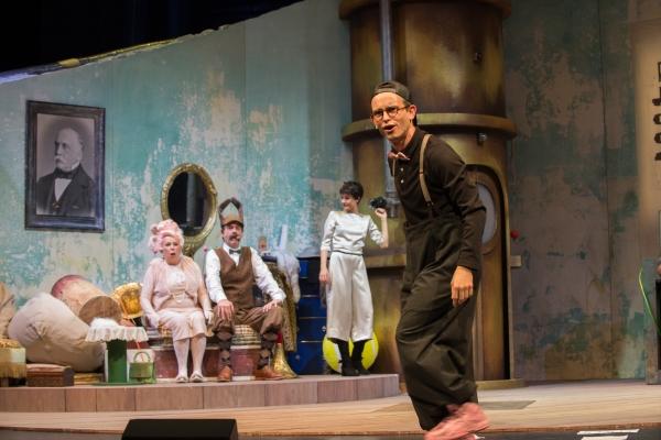 Festliches Theaterprogramm – Große Stücke-Vielfalt rund um die Weihnachtstage am Schauspiel Essen